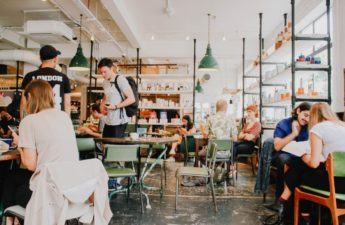 importance of customer retention in restaurants